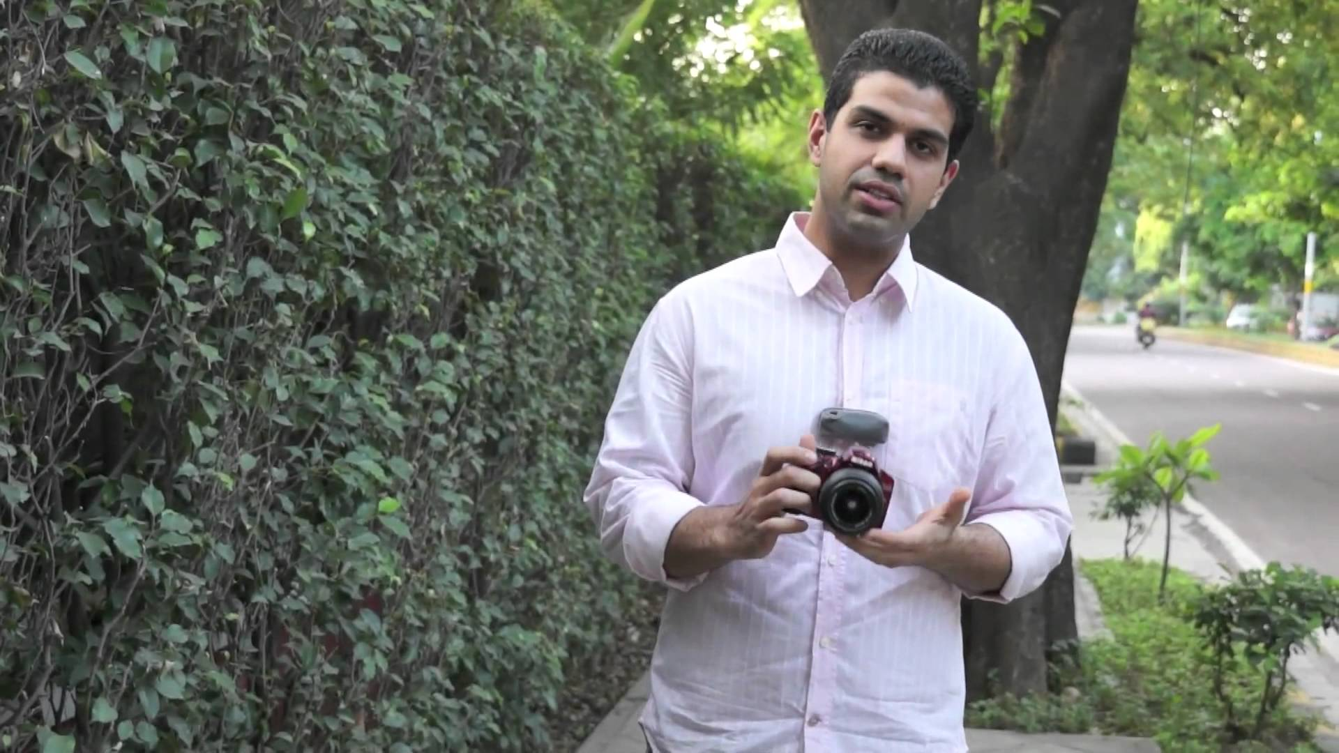 Nikon D3200 RED Compact DSLR Full Hands on Review – iGyaan