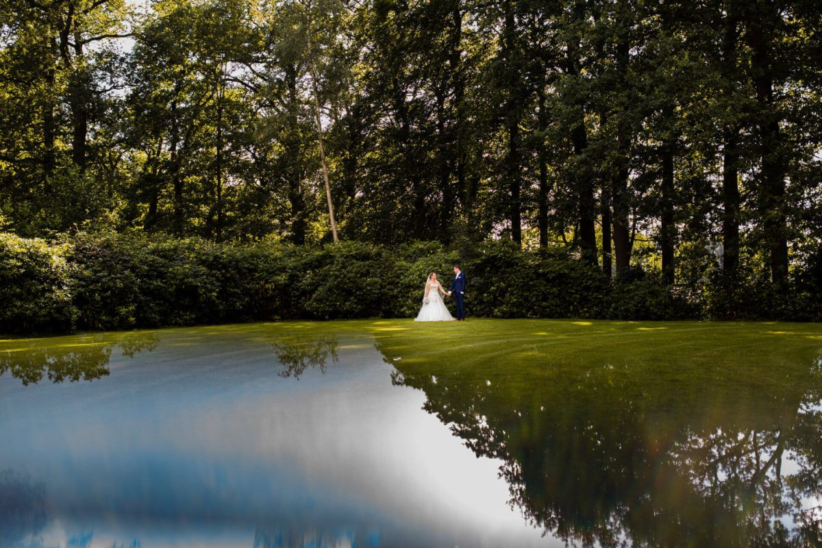 ARV & MAYK artistic wedding photography style