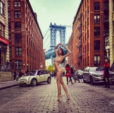 Nude in Public Art Project in New York – Standing Against Blood Cancer with a Courageous Approach